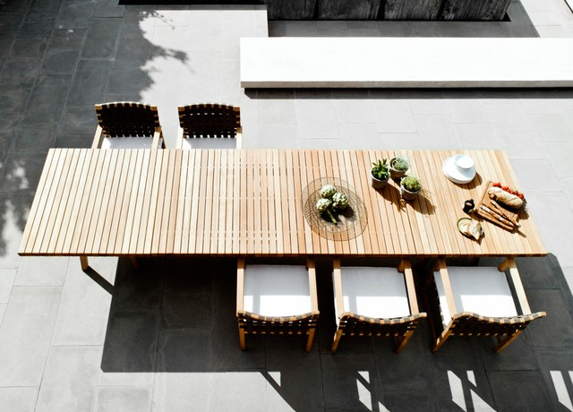 Tribu vis a vis garden dining table contemporary for Outdoor furniture london