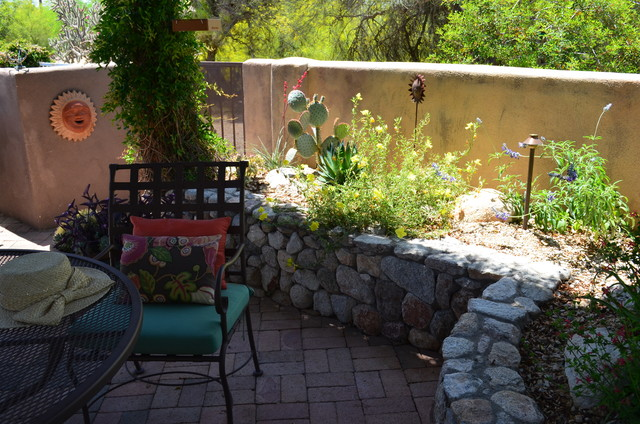 TUCSON SUN Mediterranean Patio Other by Landscape