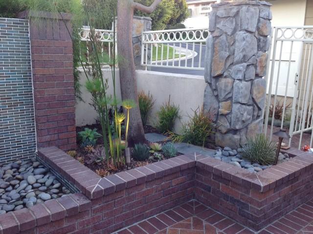Patio - transitional patio idea in Orange County