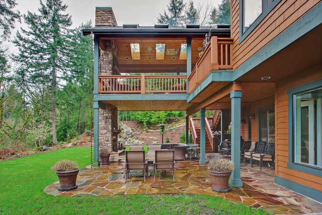 Mountain Style Patio Photo In Seattle With A Fire Pit