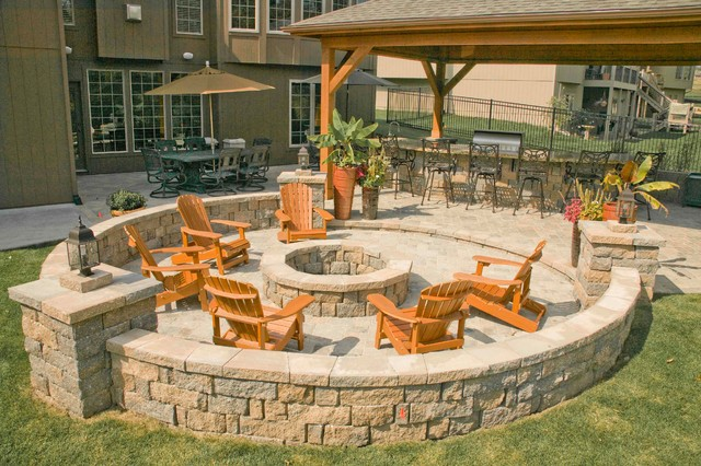 Ultimate in outdoor living and entertainment traditional-patio