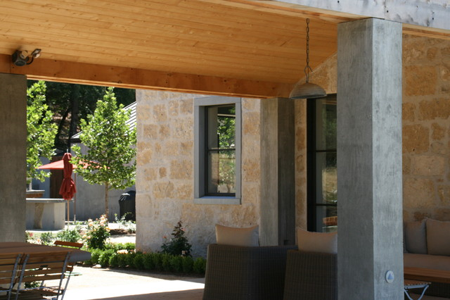 Under the breezeway traditional-patio