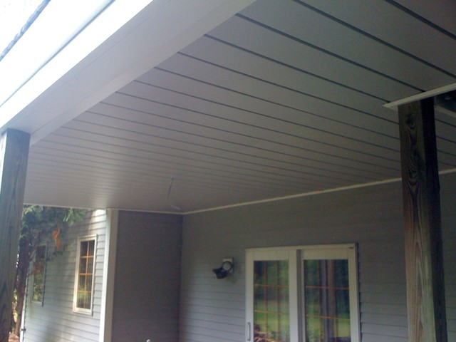 Underdeck Oasis Traditional Patio Milwaukee By Ipg