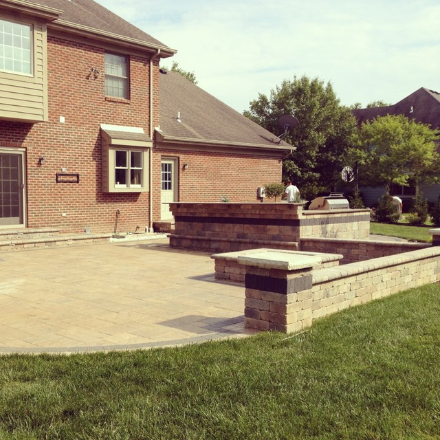Outdoor Pavers Castle Hill : Unilock beacon hill flagstone patio in maineville ohio