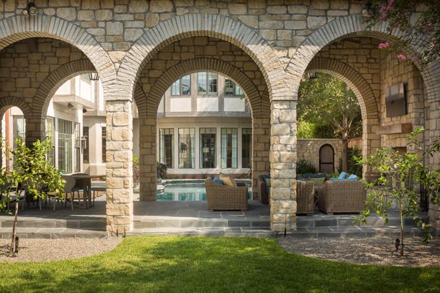 University traditional-patio
