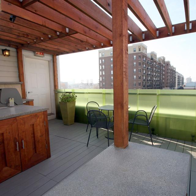 University Village - Rooftop Living contemporary-patio