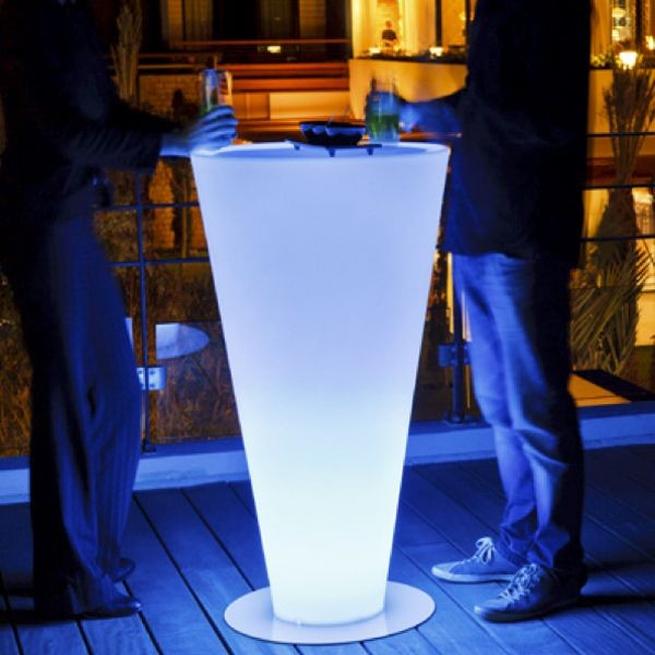 Up Illuminated Outdoor Bar Outdoor Pub And Bistro Tables Chicago By Home Infatuation