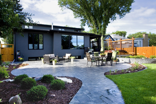Urban Infill Home contemporary patio