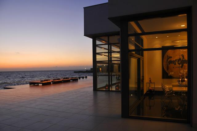 utopia projects contemporary-patio