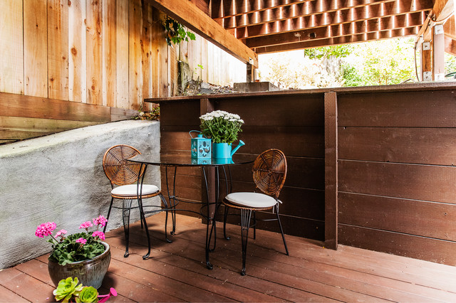 Valley St Home Staging contemporary-patio