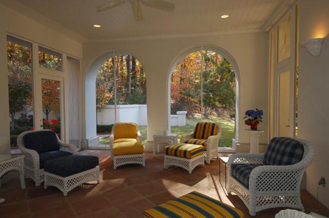 veranda traditional-patio