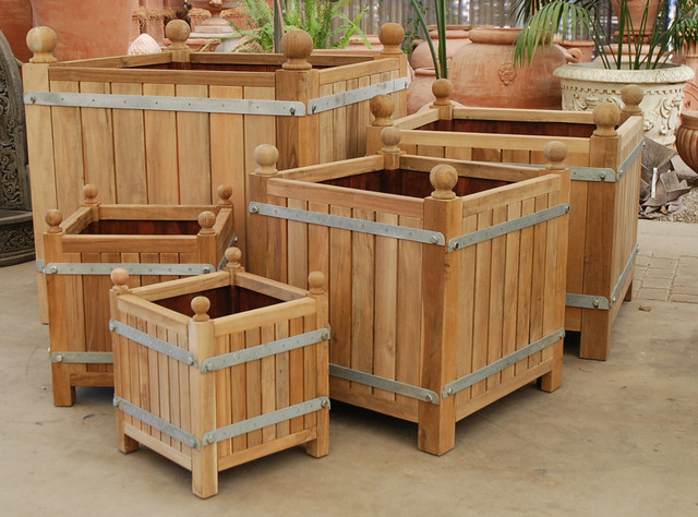 Versailles Planter Boxes traditional-patio