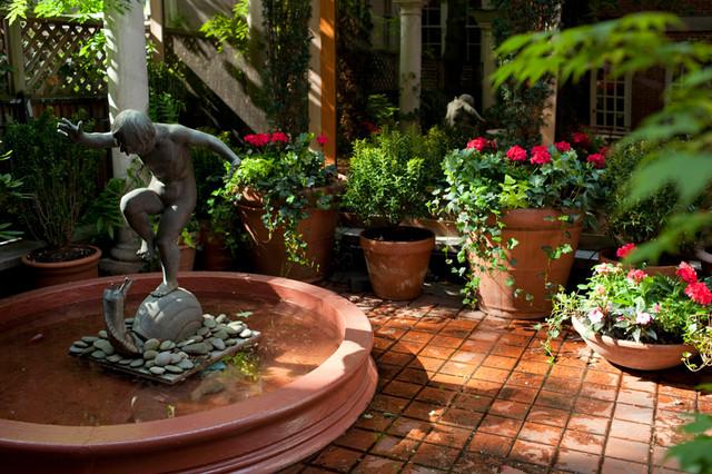 Village Courtyard Garden Design: Mediterranean Patio, Bistro ...