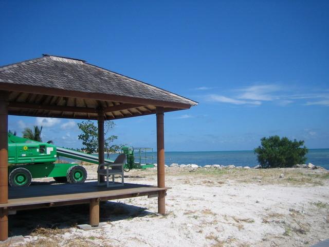 Walkers Island, Florida Keys tropical-patio