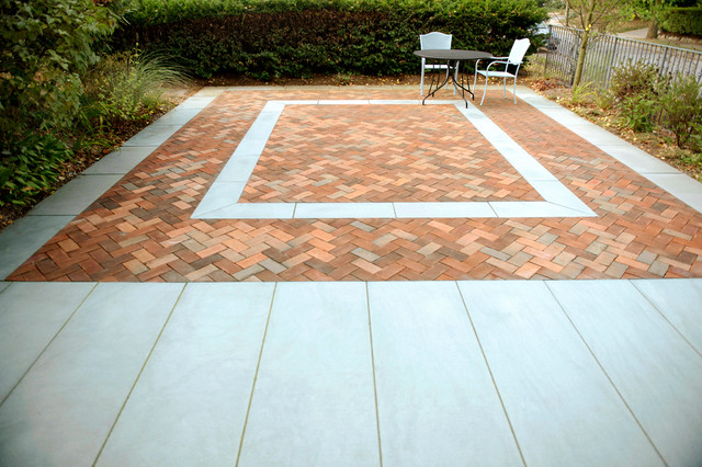 Choose the Best Paver Pattern & Color For an Outdoor Patio
