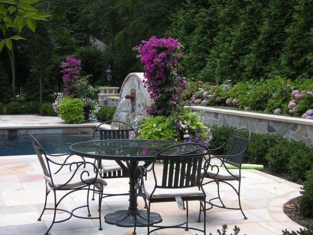 Fand Residence traditional-patio