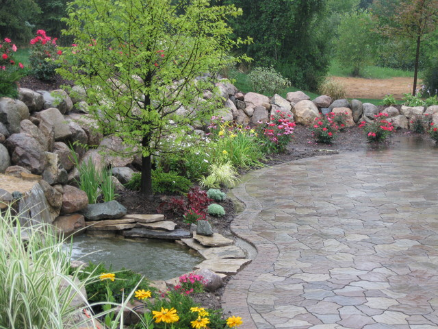 Water fall and pond flagstone paver contemporary for Brick fish pond