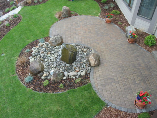 Water Features traditional-patio