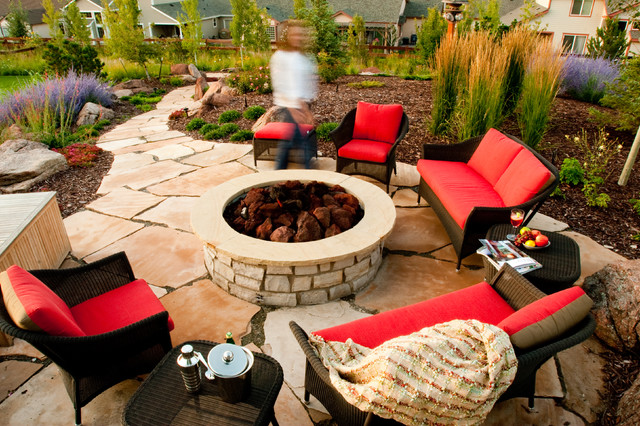 Water Valley traditional-patio