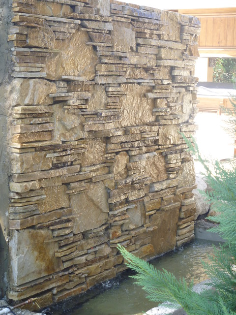 Water wall, water feature fountain by Matthew Giampietro contemporary-patio