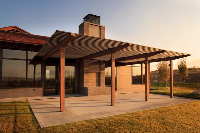 Watercress Residence contemporary-patio