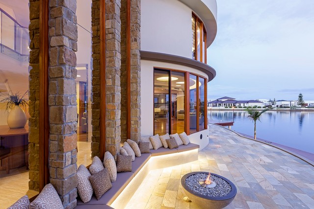 Waterfront House - Pelican Waters contemporary-patio