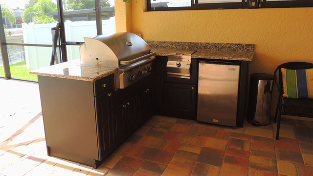 Weatherproof Polymer Cabinetry In Southwest Floridaoutdoor Kitchen Naples Fl Tropical