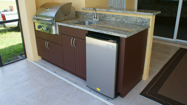 Weatherproof Polymer Cabinetry In Southwest Floridaoutdoor Kitchen Naples Fltropical Patio Miami