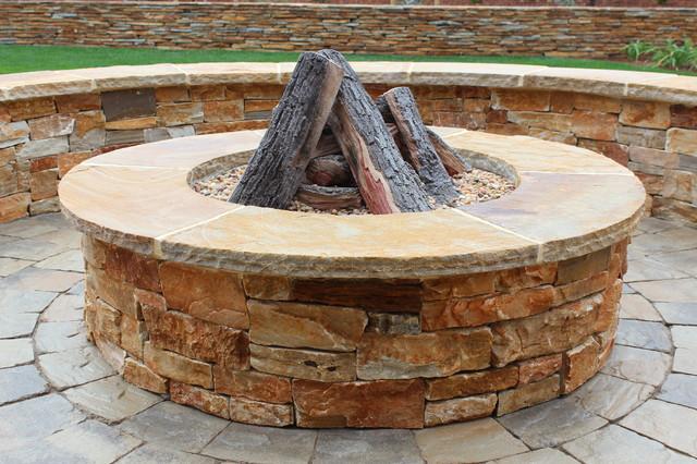 Weltchek Residence traditional-patio