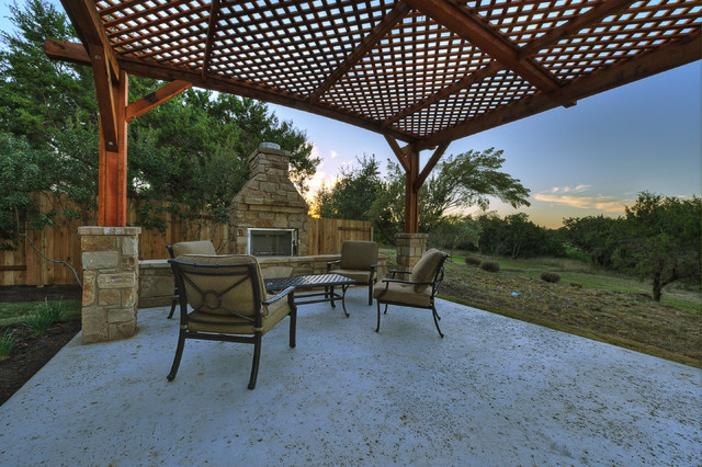 West cypress hills traditional patio austin by for Danze e davis architects