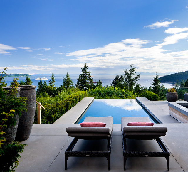 West Vancouver Residence contemporary-patio