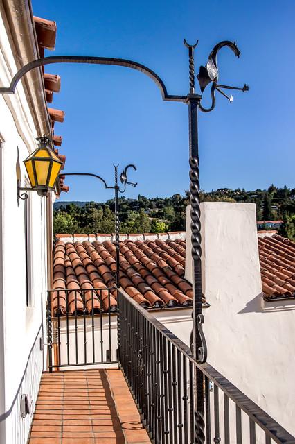 Weston Spanish Revival mediterranean-patio