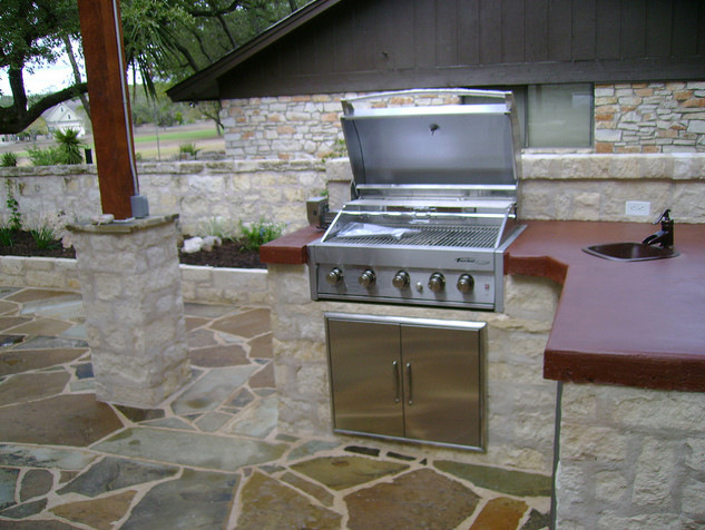 Wimberley Outdoor Kitchen and Pergola traditional-patio