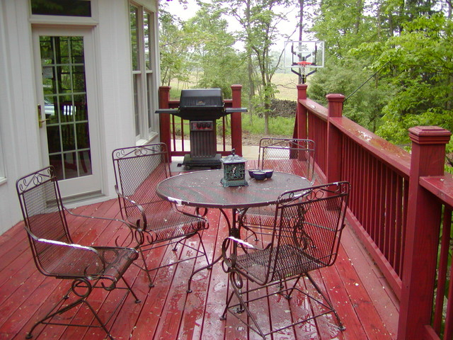 Winfield deck traditional-patio