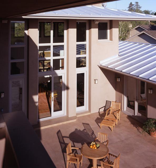 Wiseman House modern-patio