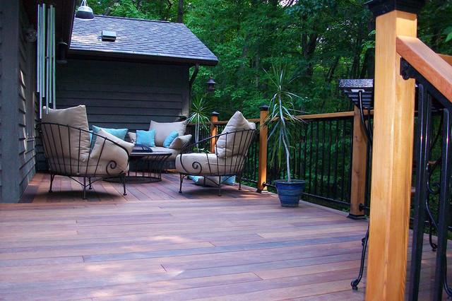 Wood deck for Case in stile williamsburg