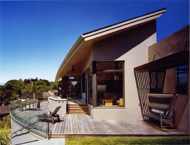Wood Residence modern-patio
