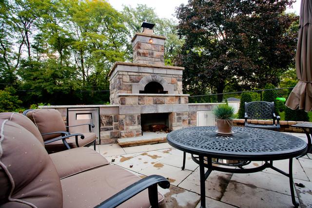 Yewfield traditional-patio