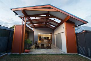 39 zelda 39 cooks hill modern patio sydney by zugai for Sunroom extensions sydney