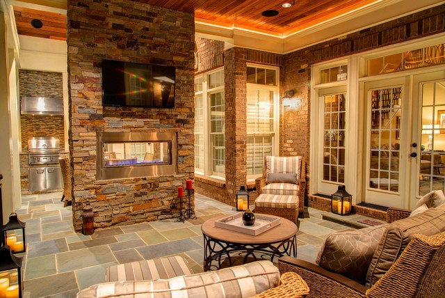 Outdoor Living VI traditional-patio