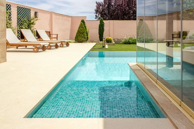 Piscina Con Jacuzzi.Piscina Con Jacuzzi Contemporary Swimming Pool Hot Tub