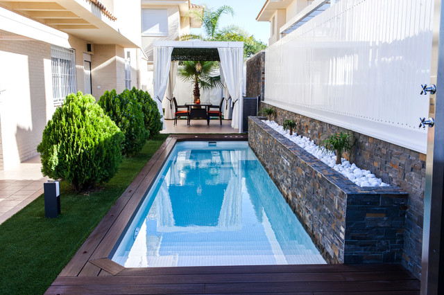 Piscina dise o casa de campo piscina otras zonas for Hacer una piscina en casa