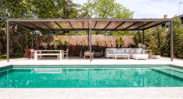 Porches jardines terrazas piscinas - Diseno de jardines con piscina ...