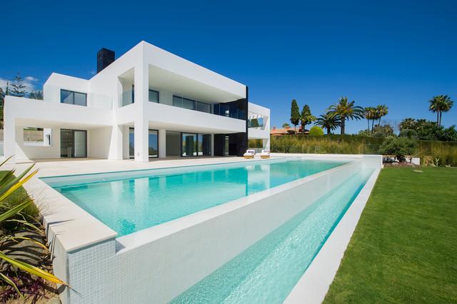 Villa de lujo la cerquilla 40 las maravillas - Casas minimalistas de lujo ...