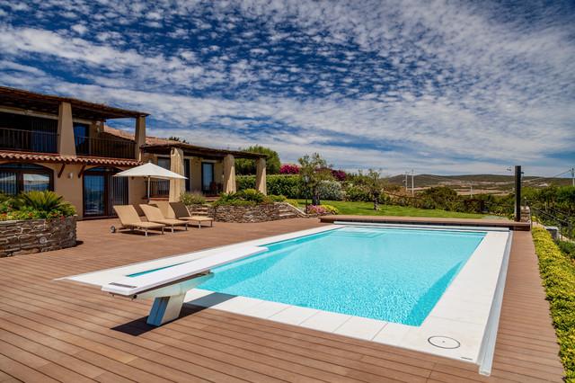 Fondi Mobili Per Piscina : Scegliere il colore della piscina per armonizzarla col paesaggio
