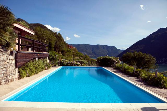 Piscina blu adriatico renolit alkorplan2000 rustic pool rome by renolit alkorplan italia - Piscina bagnolo ...