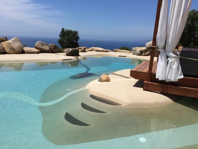 Piscines eco concept tourment moderne piscine for Piscine design concept