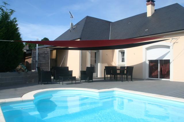 Am nagement plage de piscine modern pool other by for Plage piscine moderne