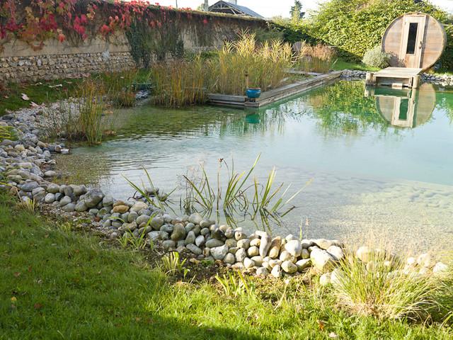 baignade naturelle et sauna tonneau en normandie campagne piscine le havre par vincent. Black Bedroom Furniture Sets. Home Design Ideas