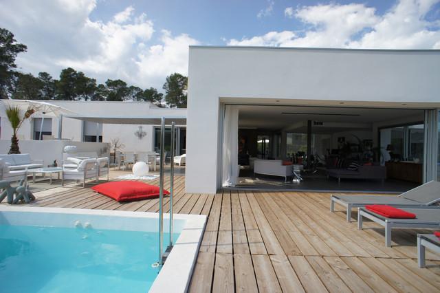 D coration d 39 une villa sur les parcs des vautes nord de montpellier contemporain piscine - Piscine spa montpellier ...